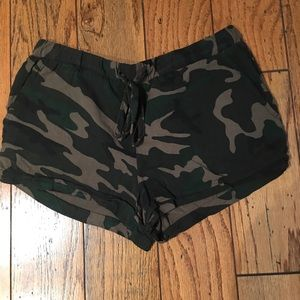 Camo sanctuary shorts with draw string.